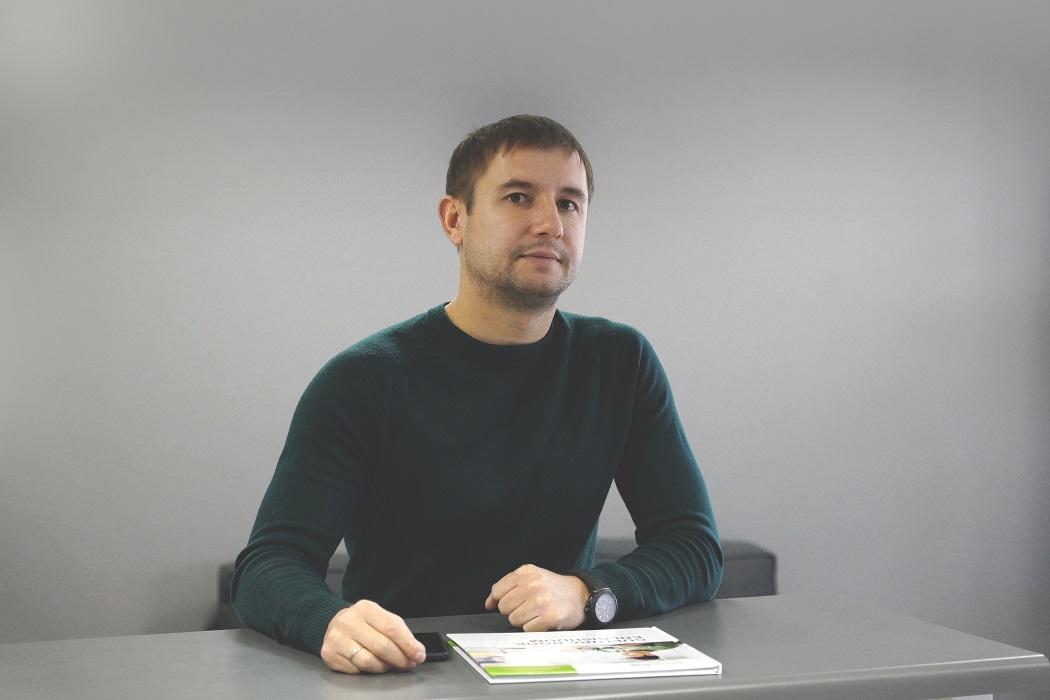 Максим Сундалов, EnglishDom: «Все спотыкаются об одни и те же грабли»