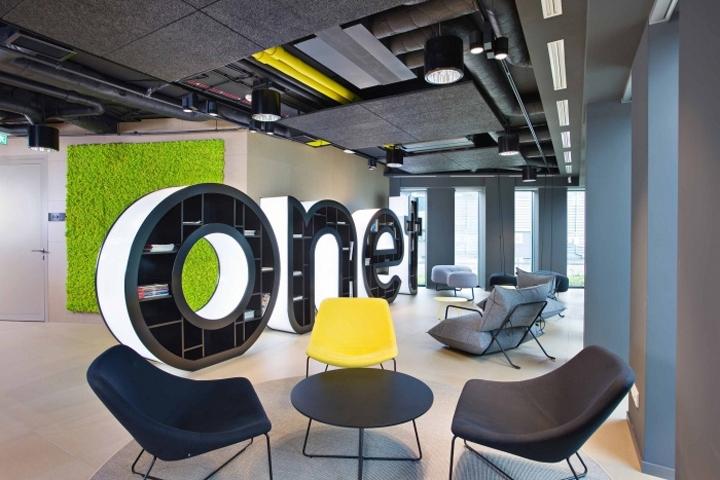 Воздух, фирменный стиль и свободная планировка - тренды и тенденции в оформлении офисов