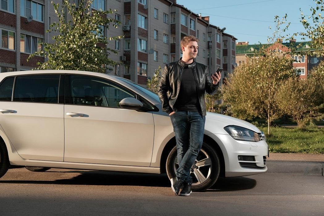"""""""В поисках идей стоит взглянуть на привычные вещи под другим углом"""": история CarWeGo"""