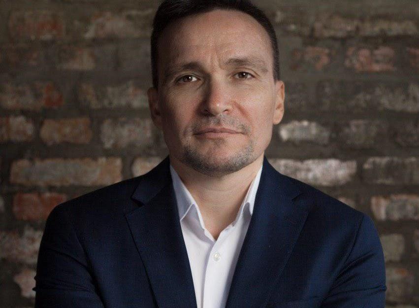 «В 90-е мы были интуитивными бизнесменами»: как предприниматель из Пензы вывел компанию на годовой доход в 700 млн рублей на умных АЗС